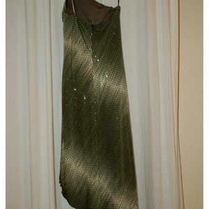 Cache sequin dress
