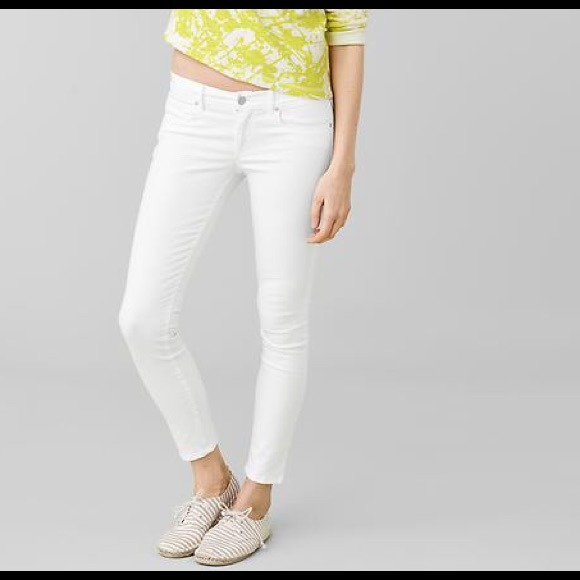 75% off GAP Denim - Gap NWOT 1969 Legging Skinny White Jeans Denim