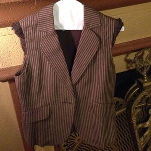 ❌ Final Reduction  ❌ BCBGMaxAzria Vest Jacket