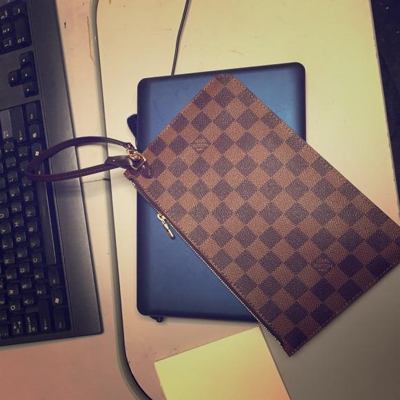 Louis Vuitton Clutches & Wallets - Louis Vuitton pouchette MM EBENE datecode TJ3154