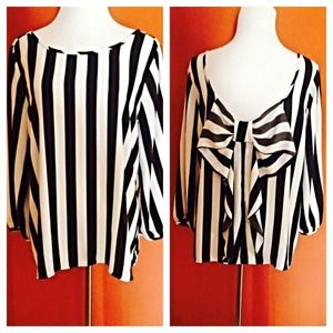 Tops - Striped top with back bow design