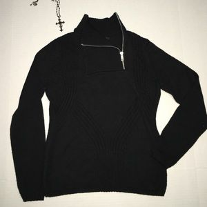 Black sweater size S