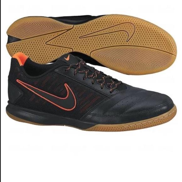 c0a78356875 Nike men s gato II indoor soccer shoes