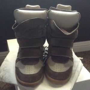 Isabel Marant: Bekett Suede Wedge Sneaker