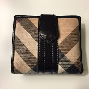 Burberry Clutches & Wallets - Burberry Flap Wallet