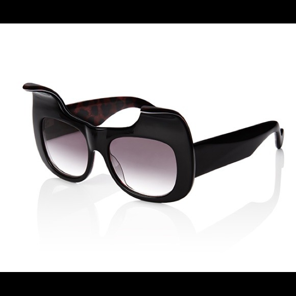 Anna karin karlsson Accessories - ANNA KARIN KARLSSON KITTEN NOIR SUNGLASSES