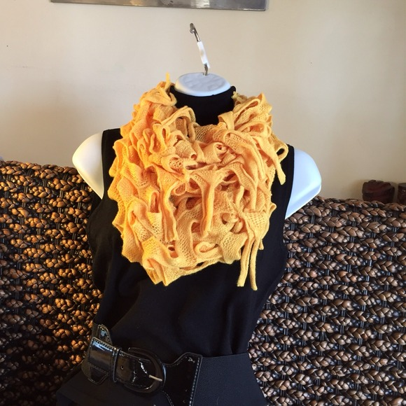 Be Seen Sales Accessories - NEW** Infinity Scarf in Mustard