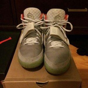 Nike Air Yeezy 2 Platinum
