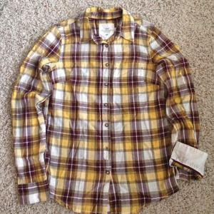 Adorable plaid cotton shirt