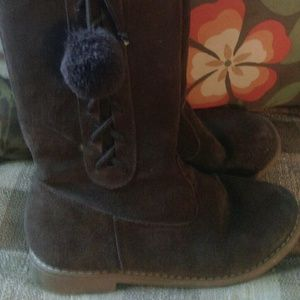 Girls suede boots sz 2