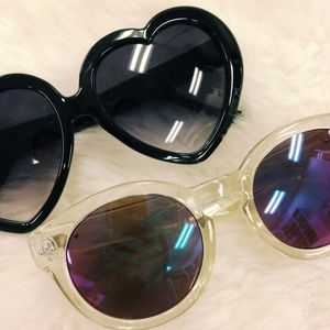 Accessories - Heart Shaped + Clear Mirrored Sunglasses