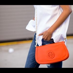 Tory Burch Handbags - Tory burch crossbody - orange