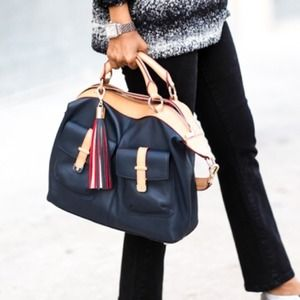 Tommy Hilfiger Handbags - Tommy Hilfiger satchel - navy