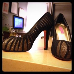 Betsey Johnson Heels!!!!