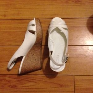 58 soda shoes soda brand white wedges from s