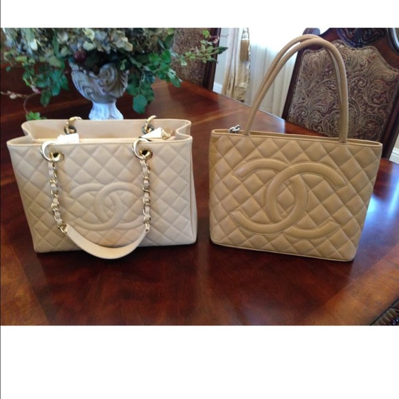beige photo almost medallion chanel bn