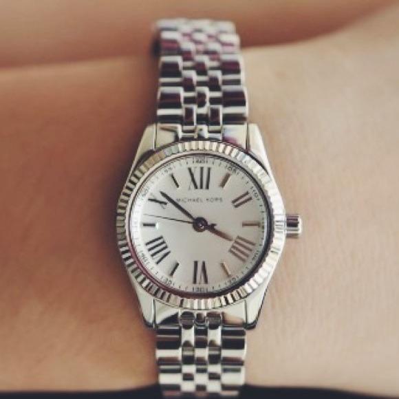 a03aa18d7514 Michael Kors Petite Silver Lexington Watch
