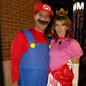 Mario And Princess Peach Couple Costume