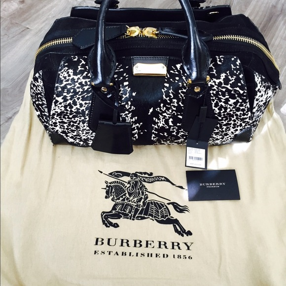 2c43f9b268b Burberry Bags   Sold Doctor Bag   Poshmark