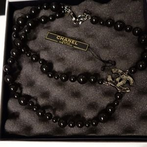 CHANEL Jewelry - New Chanel Double Black Pearl Map CC Necklace rare