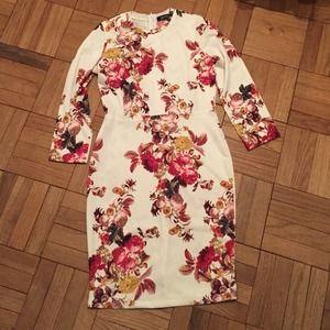 CHOiES Floral Dress