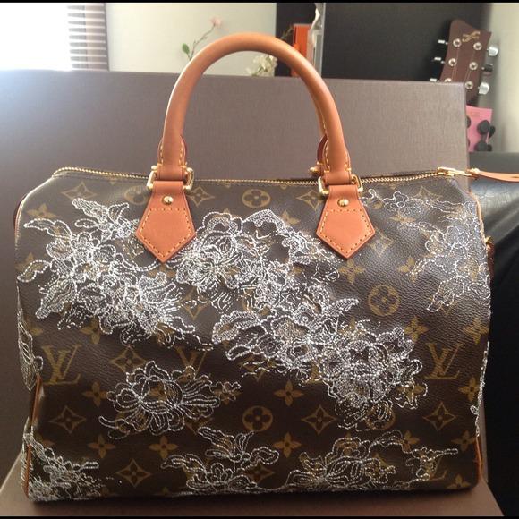 Louis Vuitton Handbags - 100% Authentic Louis Vuitton Dentelle Speedy 30 cdb0eb08245b6