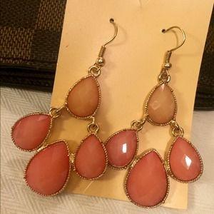 Cute dangly earrings!