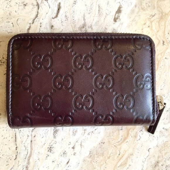 029b3cb9492 Gucci Clutches   Wallets - 💖Gucci Zip Around Card Case