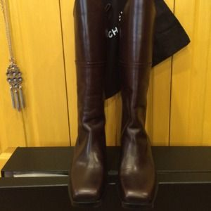 Nwt   Authentic Chanel boots