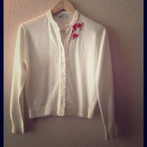 Vintage ivory cardigan w/ coral and bronze beading