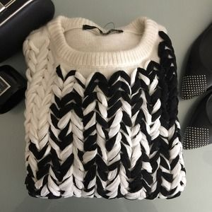 🎉HOST PICK🎉Zara sweater NWOT