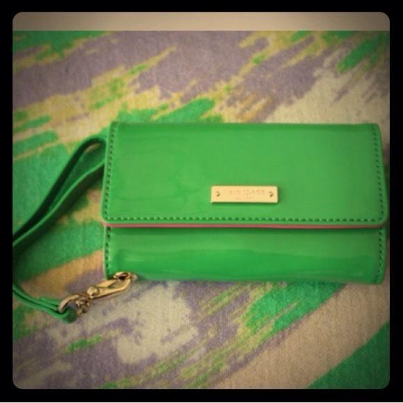 on sale 0cb28 af054 Kate Spade iphone 5 wristlet wallet!
