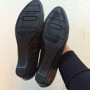 Bandolino Shoes - Flower toe Bandolino wedges