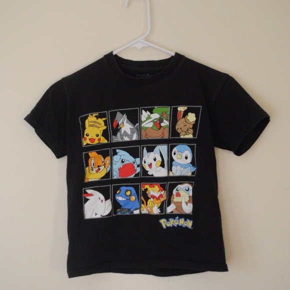 Tops - POKEMON CROP TOP