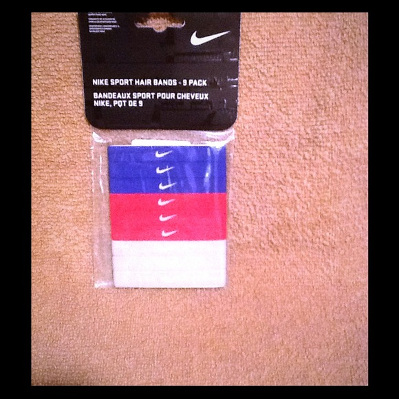 New package of Nike hair ties! NWT f4459f650f4
