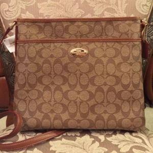 ... get coach bags coach signature file crossbody bag a2802 0cf2d 81f99759a