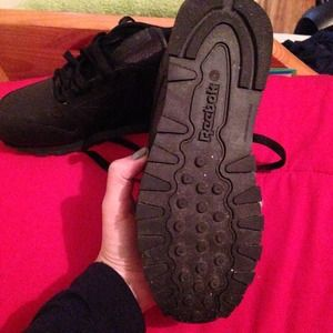409fb2b537e49 Reebok Shoes - Reebok classic