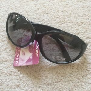 Women's Black Framed Sunglasses