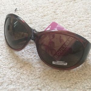 Stylish Purplish Framed Sunglasses