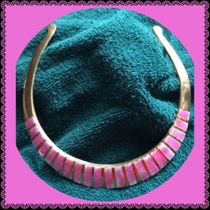Jewelry - Pink Shell Neck Collar