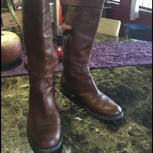 Brown LEATHER BOOTS; slightly worn