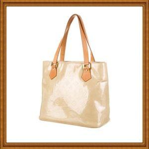 2ff648afab42 Louis Vuitton Bags - 💯% Authentic Louis Vuitton Vernis Houston Tote