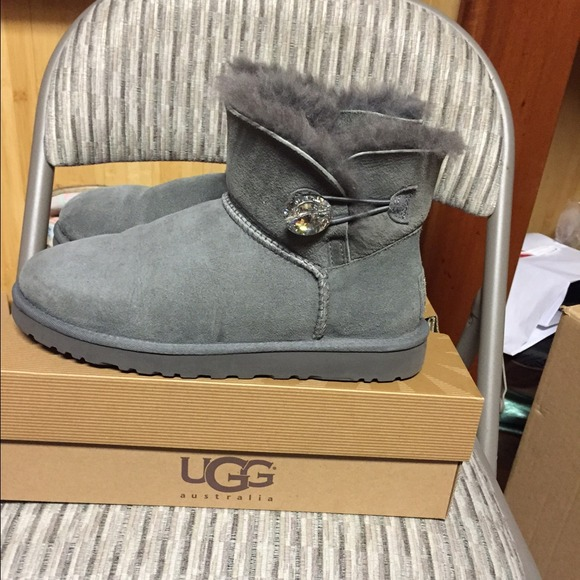 d3ab8887c27 norway ugg bailey button bling metallic blue ea7d1 befd6