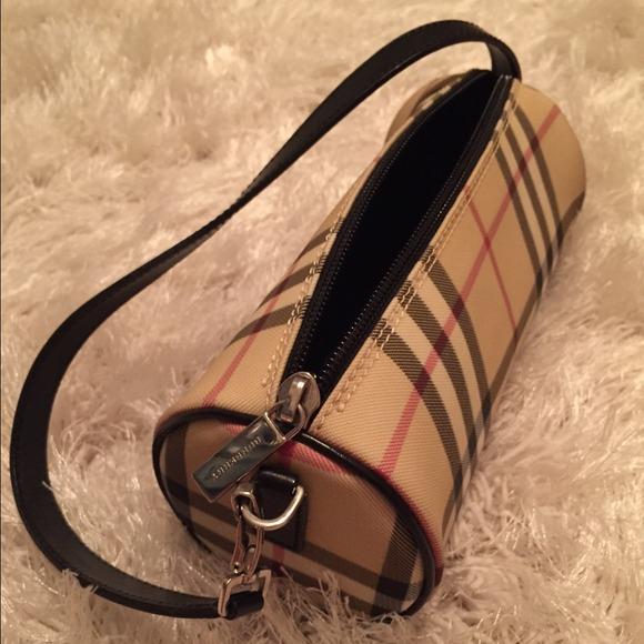 f95ab4fe12f Burberry Clutches & Wallets - Burberry Nova Check Small Shoulder Bag