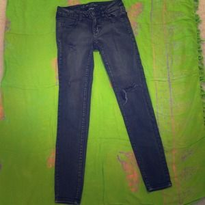American eagle ripped black skinny jeans