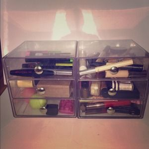 Accessories - 6 Drawer Acrylic Holder!