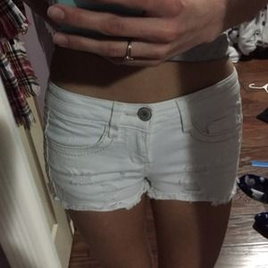 White Jean shorts with brown stitch