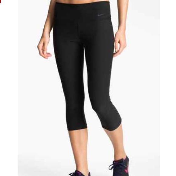 New Nike 2 Legend Drifit Capri Leggings