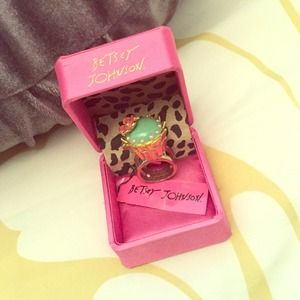 Betsey Johnson cupcake mouse ring.