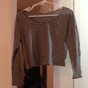 F21/I LOVE H81 stripped long sleeve crop top